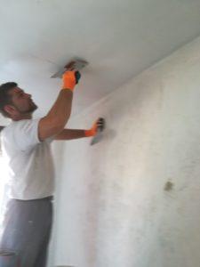 1.¿Empresa alisando techos y parеdes en Madrid? 2.¿Cuánto cuesta alisar paredes? 3.¿Es mejor que el yeso? 4.¿Qué me aconsejan? 5.¿Alisar techo Pintura?